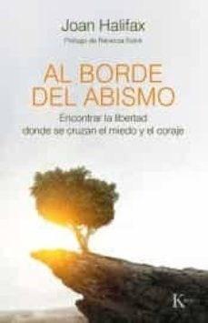 Papel Al Borde Del Abismo