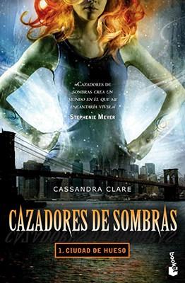 Papel CAZADORES DE SOMBRAS. 1. CIUDAD DE HUESO