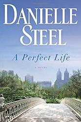 Papel A Perfect Life: A Novel