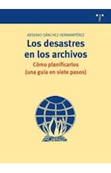 Papel Los desastres en los archivos