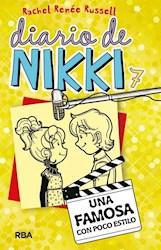 Papel Diario De Nikki 7 - Una Famosa Con Poco Estilo